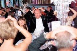 Hire Magic OZ the Close up Wedding Anniversary Magician